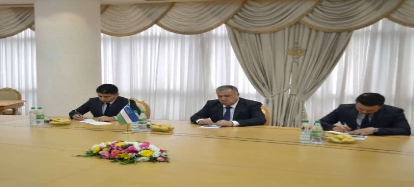 MEETING WITH THE MINISTER OF CULTURE OF UZBEKISTAN AT THE MFA OF TURKMENISTAN